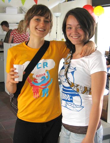 Carla_sailorcat_shirt